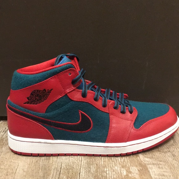 official photos 76f3d 0c03a Jordan Other - Nike Air Jordan 1 Mid Mens size 11 Gym red green